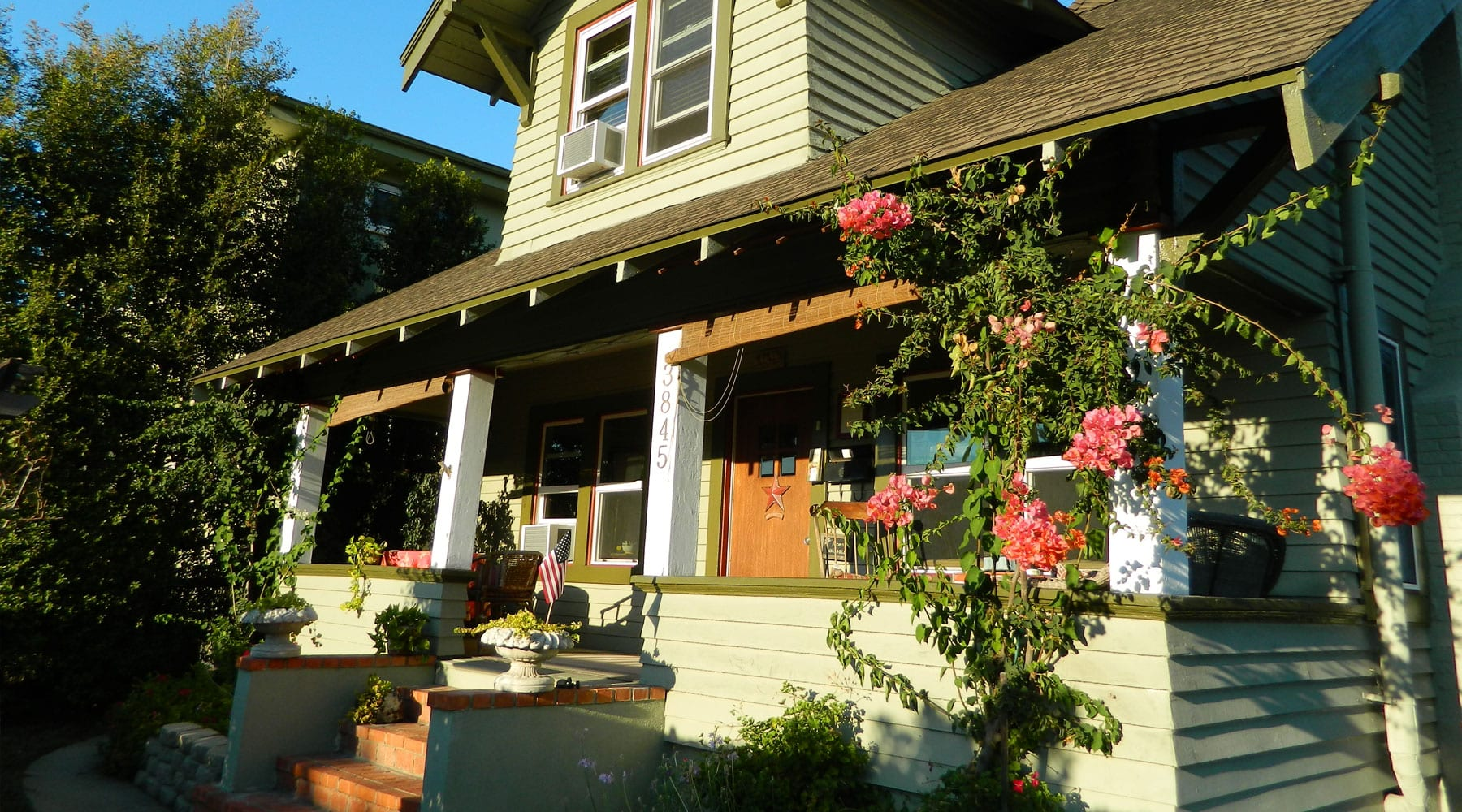 Hillcrest House Bed and Breakfast
